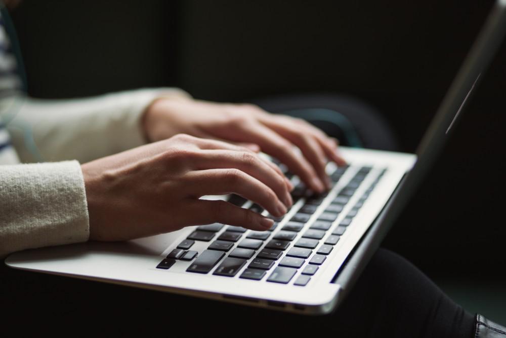 Traduttore freelance o agenzia come scegliere